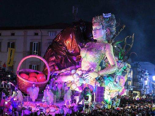 L'ultima Biancaneve vince al Carnevale dei record